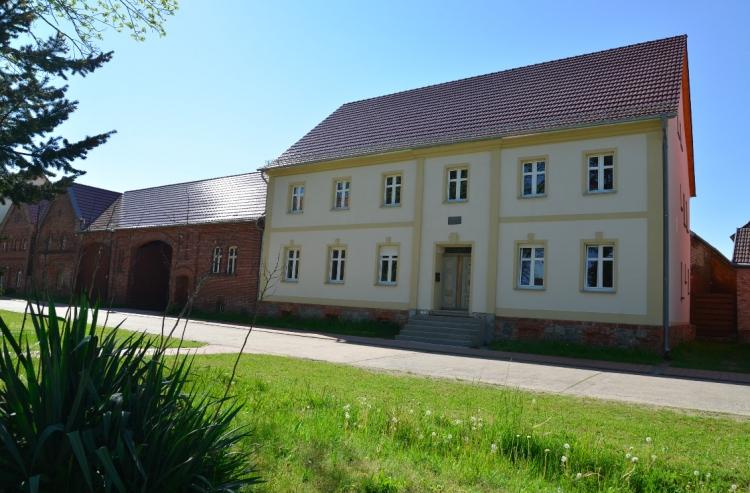 Atelierwohnung bei Kreativ- und Wohnprojekt auf dem Land // Bauernhof Grüna