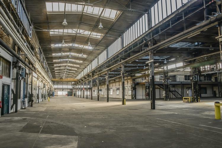 330 Ateliers, Studios, Arbeitsräume, Werkstätten (100m2 bis 16.000m2) zu vermieten!