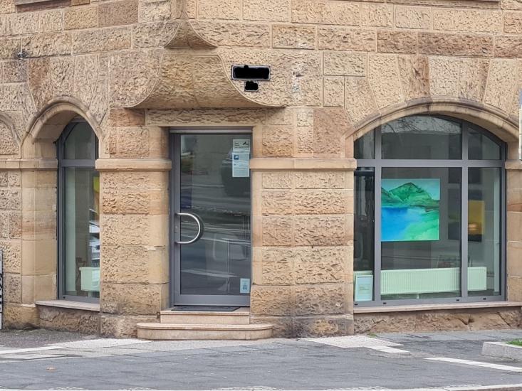 Schöner Atelierraum mit angeschlossener Ladengalerie