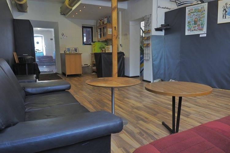m nchengladbach du suchst einen ort um dich frei zu entfalten 353 atelier. Black Bedroom Furniture Sets. Home Design Ideas